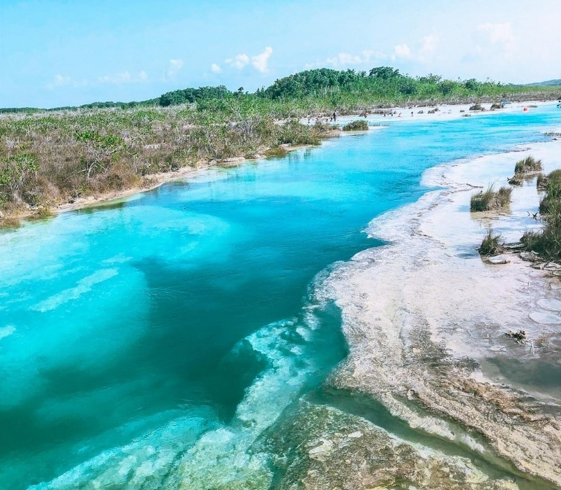 los rapidos and the blue water of Bacalar Lagoon Mexico