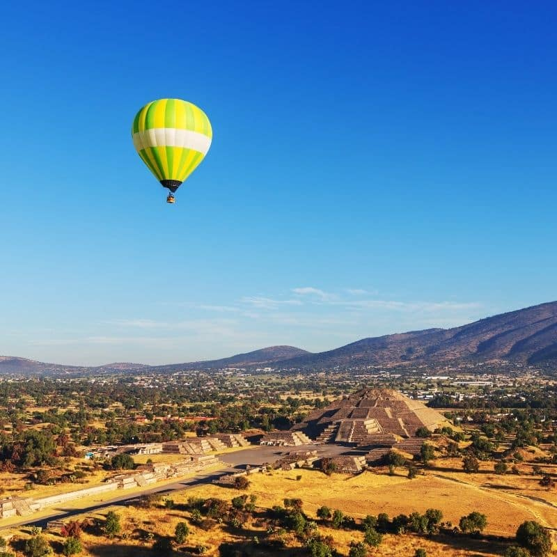 Teotihuacan hot air balloon ride
