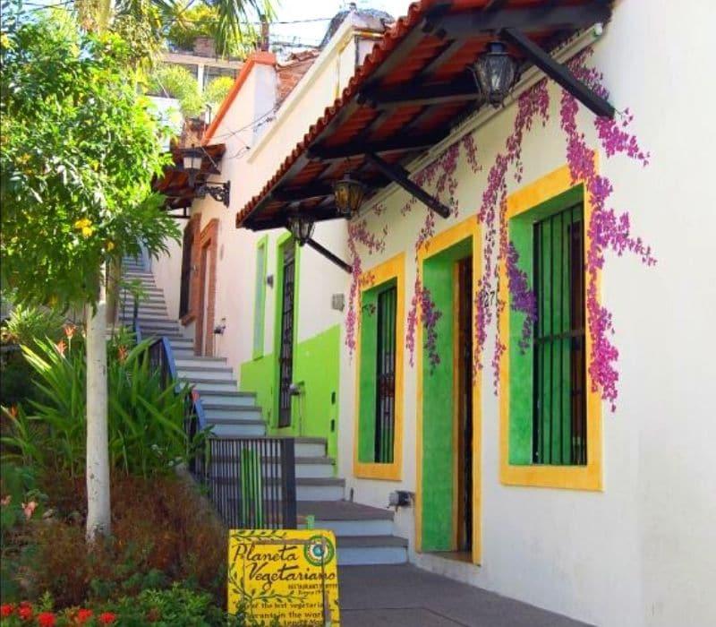planeta vegetarian outside of colorful vegan restaurant | things to do in puerto vallarta mexico
